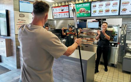 Burger King grillte Whopper über olympischer Flamme