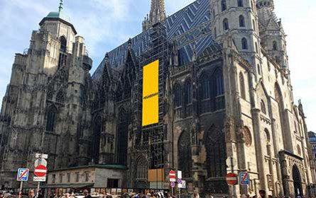 Megaboard mit zwei neuen Hotspots in Wien