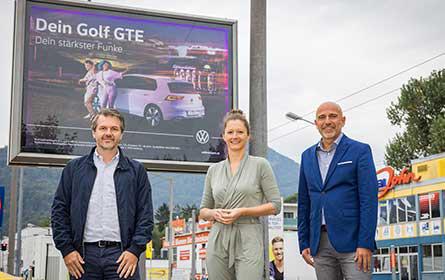 Farbenfrohe Inszenierung: VW strahlt am Posterlight