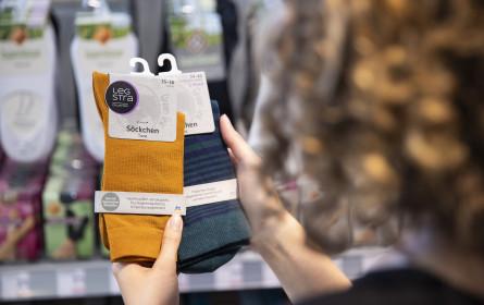 Holzfaser-Socken und Recycling-Strümpfe