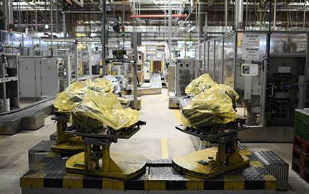 Stellantis: Chipmangel lähmt Produktion in Wien