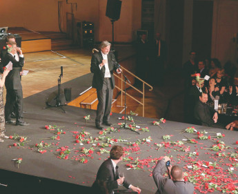 Rote Rosen für Franz Merlicek bei der CCA Gala 2015