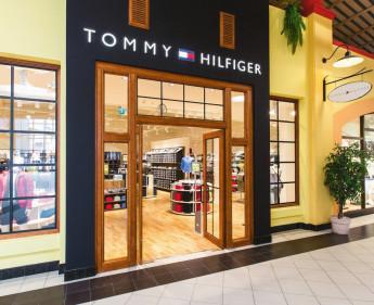 Re-Opening von Tommy Hilfiger