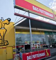 Auf den gelben Hund gekommen: Das Futterhaus