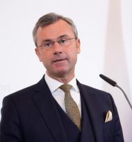 Karfreitagslösung des Handelsverbands von Regierung aufgegriffen