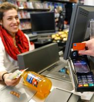 Mastercard und MPreis bringen Bargeld-Service in alle Filialen