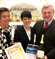"LuxuryTravel.at ehrt den ""Ambassador of the Year 2019"""