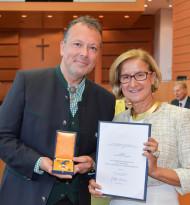 """Auszeichnung für """"Stimmwunder"""" Wolf Frank"""