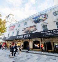 Megaboard verhüllt das Casino Wien
