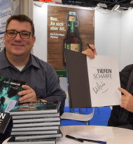 Skills-Geschäftsführer präsentiert Charitybuch über Tauch-Legende Kurt Amsler