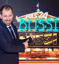 """Bussi Fussi"": Puls 24 startet Late-Night-Show mit Rudi Fußi"