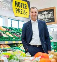 Hofer zahlt Prämie an seine Mitarbeiter im Verkauf und in der Logistik