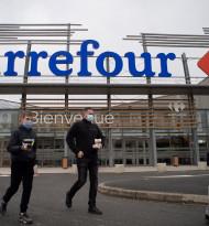 Frankokanadische Fusion von Carrefour und Couche-Tard auf der Kippe