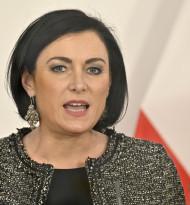 Landwirtschaftsministerin Köstinger stellt sich gegen Verbesserungen für Erntearbeiter