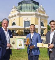 Sammelfreunde: jö übernimmt Patenschaft für Eichkätzchen in Schönbrunn