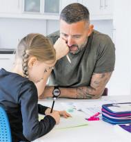 """Pro Gleichberechtigung: """"Zuhause mit Papa"""""""